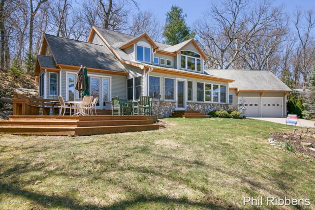 3225 Shadyside Drive NE, Grand Rapids, MI 49525 (MLS #18016911) :: 42 North Realty Group