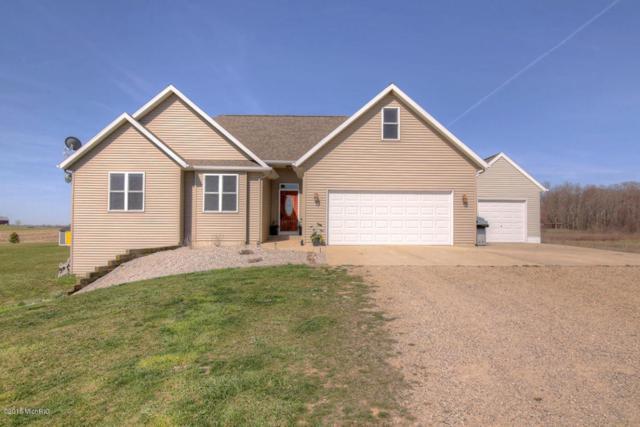 15475 40th Avenue, Coopersville, MI 49404 (MLS #18017070) :: Deb Stevenson Group - Greenridge Realty