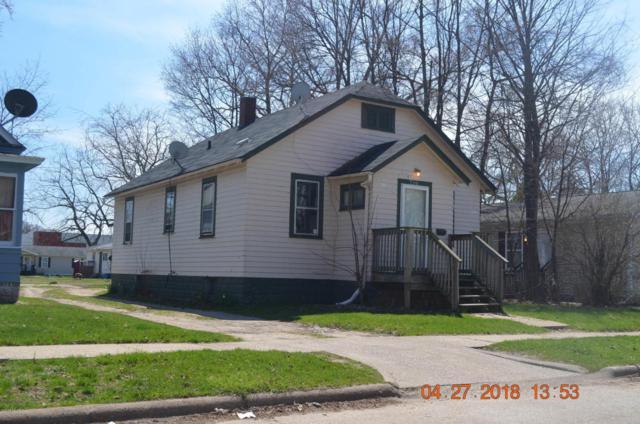 710 Buss Avenue, Benton Harbor, MI 49022 (MLS #18017198) :: Deb Stevenson Group - Greenridge Realty
