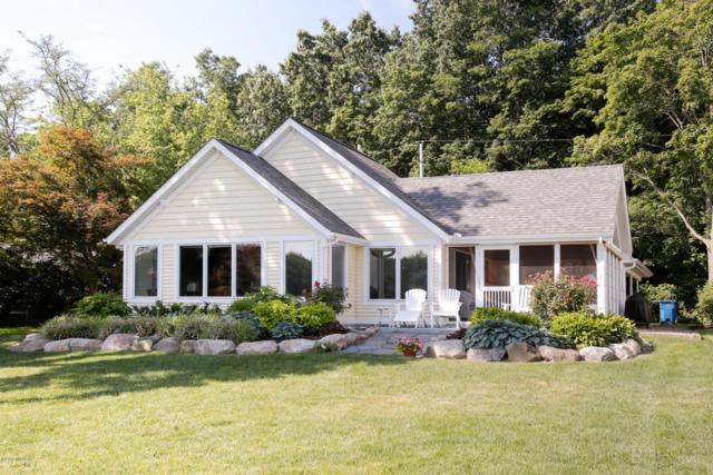 1625 Idlewild Drive, Richland, MI 49083 (MLS #18017370) :: Carlson Realtors & Development