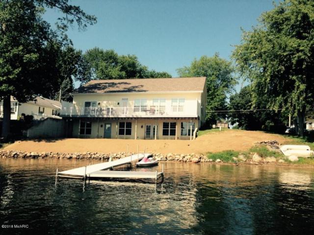 63465 W Fish Lake, Sturgis, MI 49091 (MLS #18017452) :: Deb Stevenson Group - Greenridge Realty