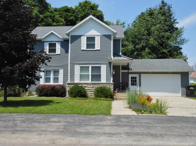 111 E Union Street, Berrien Springs, MI 49103 (MLS #18017659) :: Carlson Realtors & Development