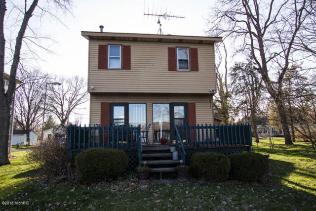 52851 Twin Lake Shore Drive, Dowagiac, MI 49047 (MLS #18017670) :: Carlson Realtors & Development