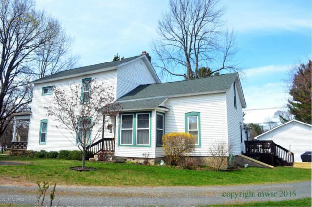 174 Rutledge Street, Pentwater, MI 49449 (MLS #18017776) :: Deb Stevenson Group - Greenridge Realty