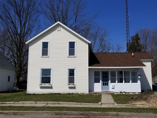 11 S Water Street, Hart, MI 49420 (MLS #18017786) :: Deb Stevenson Group - Greenridge Realty