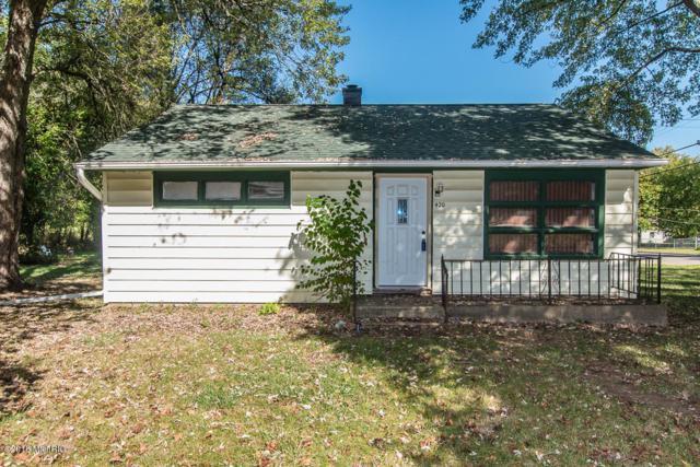 420 Goguac W, Battle Creek, MI 49015 (MLS #18017832) :: Deb Stevenson Group - Greenridge Realty