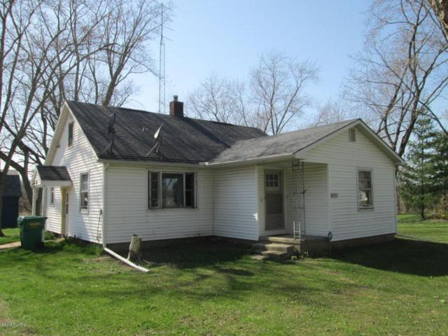 13428 Cleveland Avenue, Buchanan, MI 49107 (MLS #18018369) :: Carlson Realtors & Development