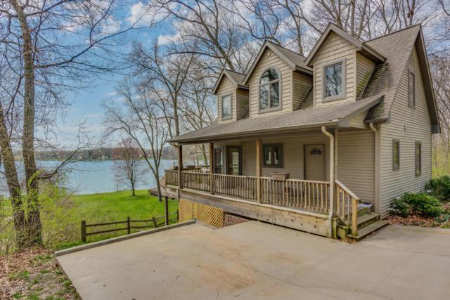 58400 E Clear Lake Road, Three Rivers, MI 49093 (MLS #18018789) :: Deb Stevenson Group - Greenridge Realty