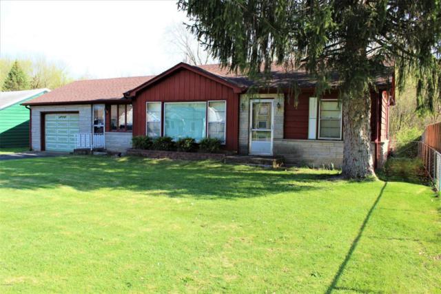 8150 Forest Beach Road, Watervliet, MI 49098 (MLS #18018971) :: Carlson Realtors & Development