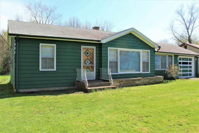 8164 Forest Beach Road, Watervliet, MI 49098 (MLS #18018981) :: Carlson Realtors & Development