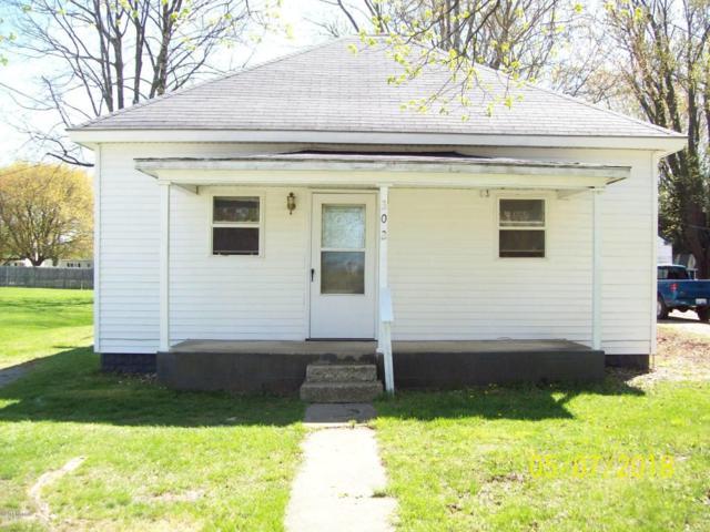 302 S Cleveland Avenue, Galien, MI 49113 (MLS #18019084) :: Deb Stevenson Group - Greenridge Realty
