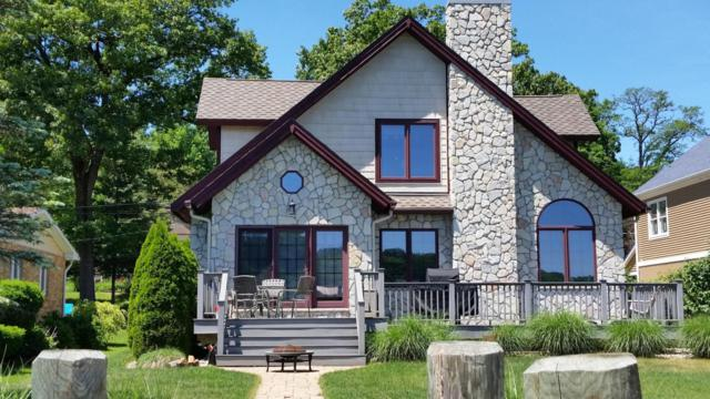 55921 Inn-D-Inn Drive, Dowagiac, MI 49047 (MLS #18019394) :: Deb Stevenson Group - Greenridge Realty