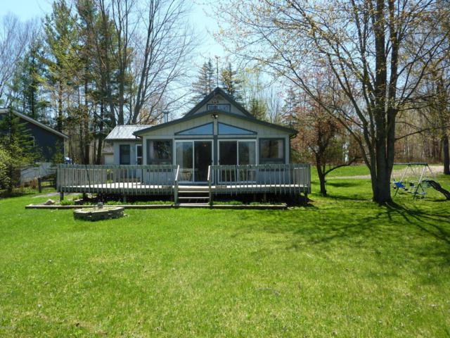 4694 Beach Drive, Lakeview, MI 48850 (MLS #18019424) :: Carlson Realtors & Development