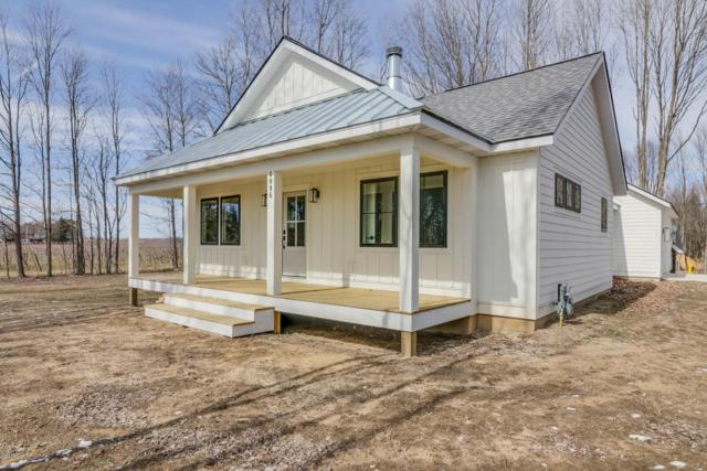 6095 122nd Avenue, Fennville, MI 49408 (MLS #18019476) :: Carlson Realtors & Development