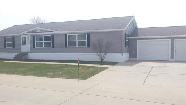 4177 Pepperwood Trail S, Muskegon, MI 49442 (MLS #18019892) :: Carlson Realtors & Development