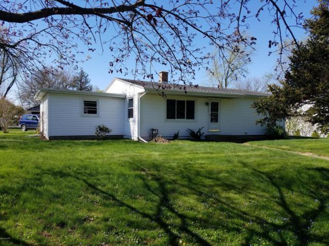 409 Dewitt Street, Jonesville, MI 49250 (MLS #18019935) :: Carlson Realtors & Development