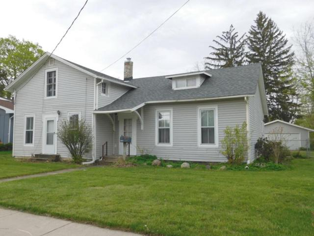 112 E Pearl Street, Coldwater, MI 49036 (MLS #18019972) :: Deb Stevenson Group - Greenridge Realty