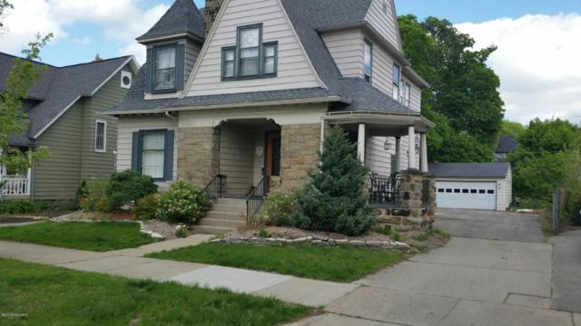 420 - 422 College Avenue SE, Grand Rapids, MI 49503 (MLS #18020137) :: JH Realty Partners