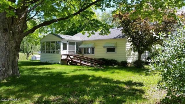 417 Scribner Street, Delton, MI 49046 (MLS #18020166) :: Deb Stevenson Group - Greenridge Realty