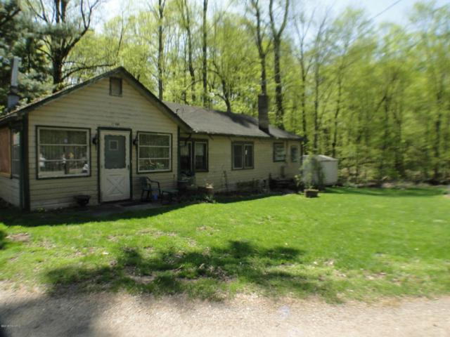 15914 Lakeview Drive, Buchanan, MI 49107 (MLS #18020239) :: Deb Stevenson Group - Greenridge Realty