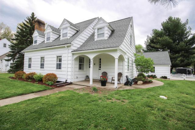 820 Elm Street, Three Rivers, MI 49093 (MLS #18020300) :: Carlson Realtors & Development