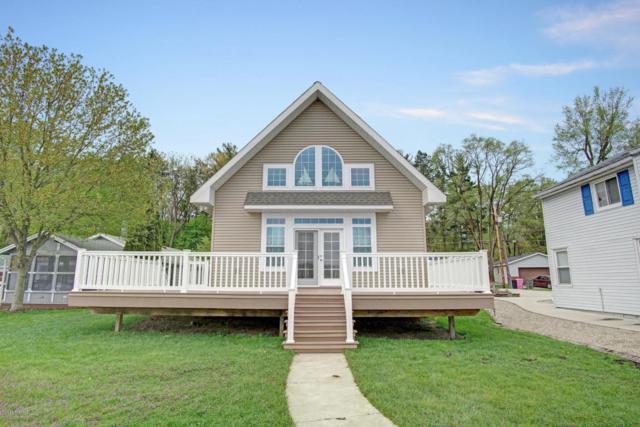 24986 Sandy Beach Drive, Edwardsburg, MI 49112 (MLS #18020381) :: Carlson Realtors & Development