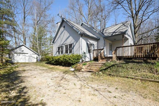 67470 Lakeshore Drive, Dowagiac, MI 49047 (MLS #18020605) :: Deb Stevenson Group - Greenridge Realty