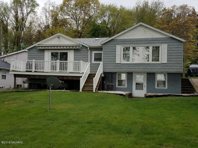 25056 Kenneth Avenue, Edwardsburg, MI 49112 (MLS #18020664) :: Carlson Realtors & Development