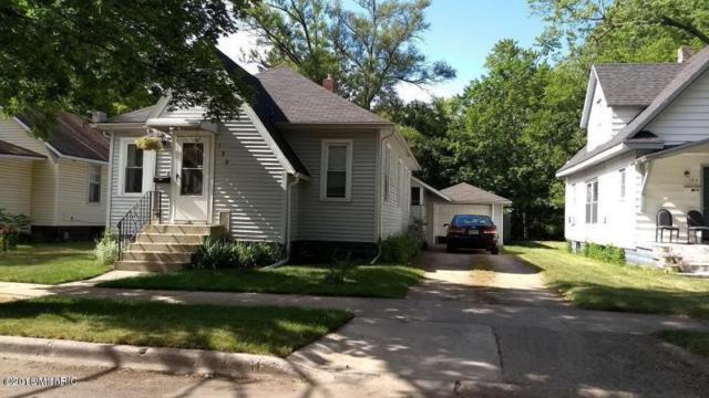 159 Cross Street, Benton Harbor, MI 49022 (MLS #18020937) :: Deb Stevenson Group - Greenridge Realty