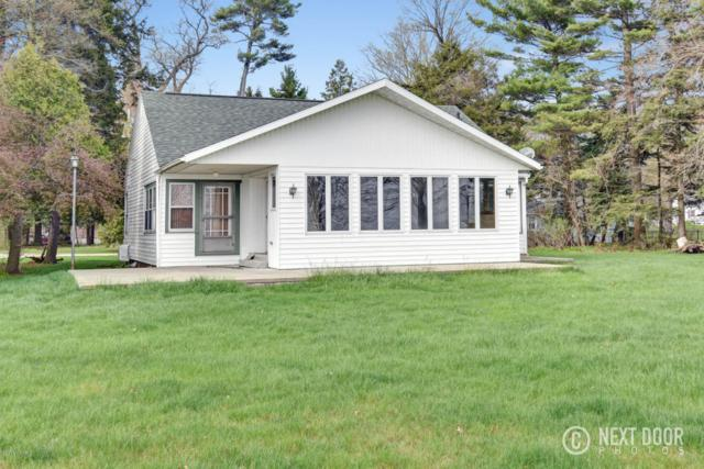2681 Memorial Drive, Muskegon, MI 49445 (MLS #18020981) :: Deb Stevenson Group - Greenridge Realty