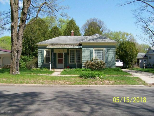 324 W Franklin Avenue, Reed City, MI 49677 (MLS #18020988) :: 42 North Realty Group