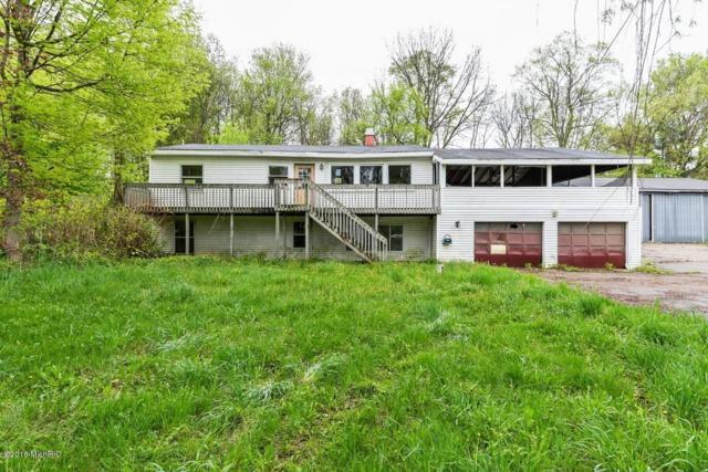 948 Morrison Road, Plainwell, MI 49080 (MLS #18021342) :: Deb Stevenson Group - Greenridge Realty
