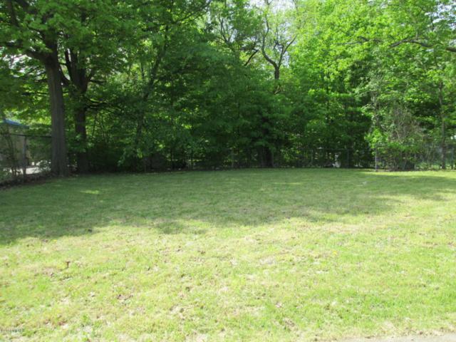 303 E Hatch, Sturgis, MI 49091 (MLS #18021460) :: Deb Stevenson Group - Greenridge Realty