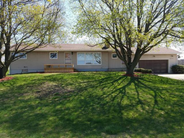 6822 Maple Island Road, Holton, MI 49425 (MLS #18021469) :: Deb Stevenson Group - Greenridge Realty