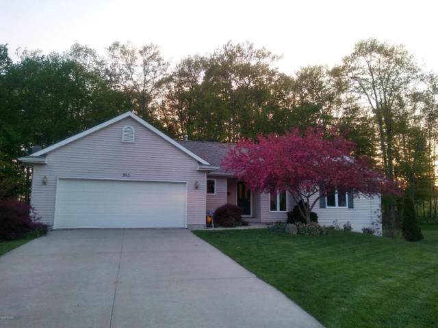 945 Valley Avenue, Fremont, MI 49412 (MLS #18021652) :: Deb Stevenson Group - Greenridge Realty