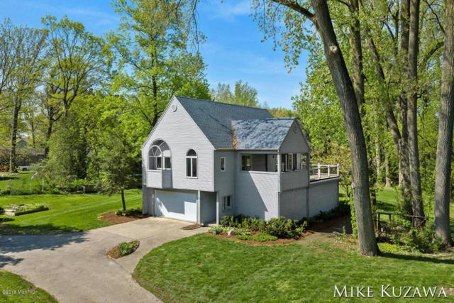 349 Lakeside Drive SE, East Grand Rapids, MI 49506 (MLS #18021663) :: Deb Stevenson Group - Greenridge Realty