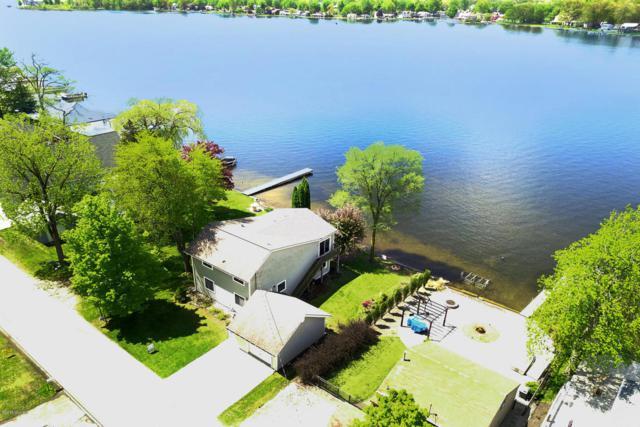 2030 Parker Drive, Wayland, MI 49348 (MLS #18021727) :: Deb Stevenson Group - Greenridge Realty