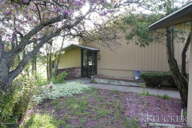 4304 Walnut Hills Drive SE #5, Kentwood, MI 49512 (MLS #18021794) :: Carlson Realtors & Development