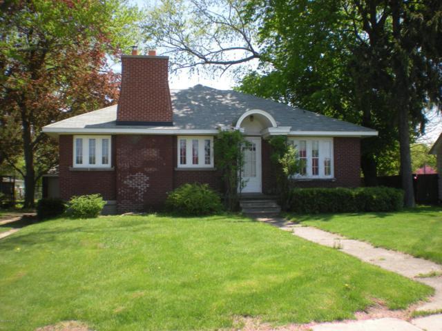 226 W St. Joseph Street, Coloma, MI 49038 (MLS #18021822) :: Carlson Realtors & Development
