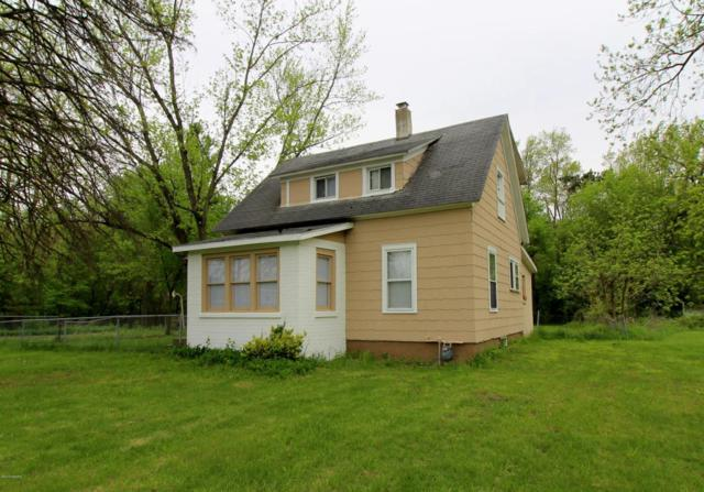 2461 W Michigan Avenue, Battle Creek, MI 49037 (MLS #18021864) :: Carlson Realtors & Development