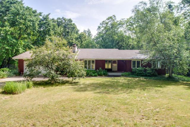 897 W Kirby Road, Battle Creek, MI 49017 (MLS #18022005) :: Carlson Realtors & Development