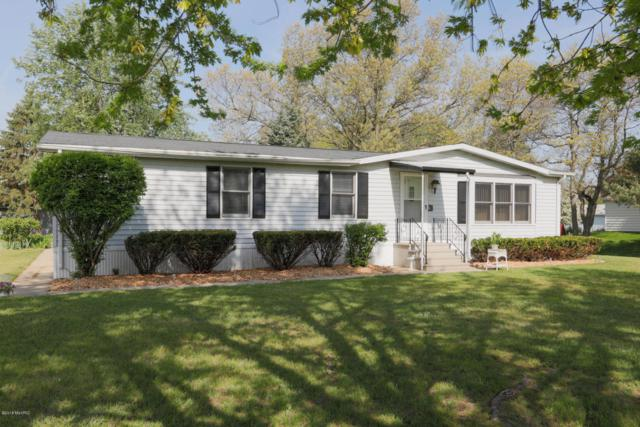 24984 East Point Drive, Mattawan, MI 49071 (MLS #18022113) :: Deb Stevenson Group - Greenridge Realty