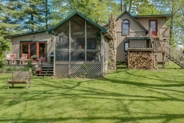 12085 Dutch Settlement Street, Marcellus, MI 49067 (MLS #18022365) :: 42 North Realty Group