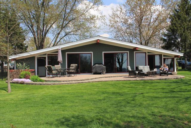 46641 Lakeview Drive, Decatur, MI 49045 (MLS #18022443) :: 42 North Realty Group