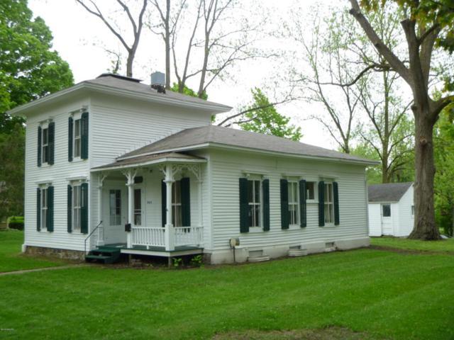 520 Schuyler Street, Marshall, MI 49068 (MLS #18022538) :: Carlson Realtors & Development