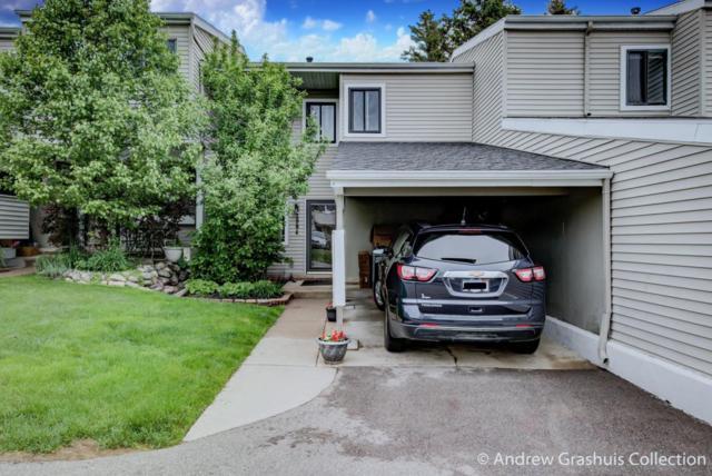 2984 Chapshire Drive SE #59, Grand Rapids, MI 49546 (MLS #18022878) :: Deb Stevenson Group - Greenridge Realty