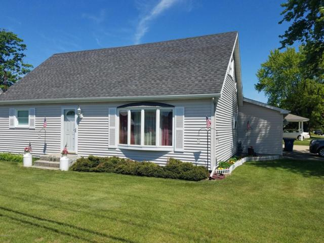 3680 W Polk Road, Hart, MI 49420 (MLS #18023018) :: Carlson Realtors & Development