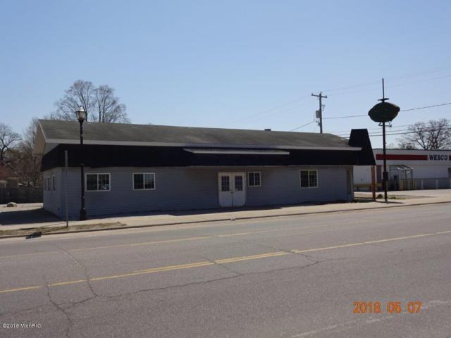 276 S Charles Street, White Cloud, MI 49349 (MLS #18023053) :: Deb Stevenson Group - Greenridge Realty