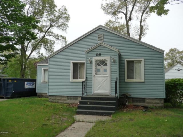 1051 Calvin Avenue, Muskegon, MI 49442 (MLS #18023097) :: Carlson Realtors & Development