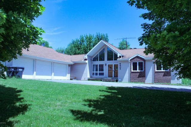 6605 E O Avenue, Kalamazoo, MI 49048 (MLS #18023115) :: Carlson Realtors & Development